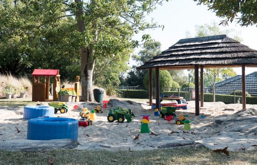 Sprawling gardens for play and exploration
